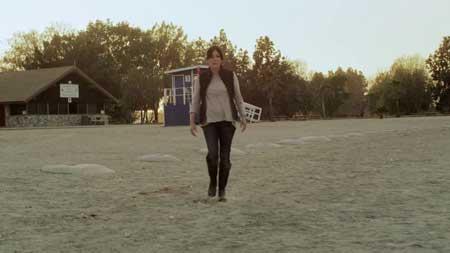 Blood-Lake-Attack-of-the-Killer-Lampreys-movie-James-Cullen-Bressack-(4)