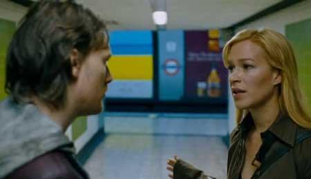 Creep-2004-movie-Christopher-Smith-(3)