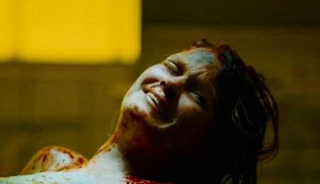 Creep-2004-movie-Christopher-Smith-(7)