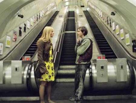 Creep-2004-movie-Christopher-Smith-(8)