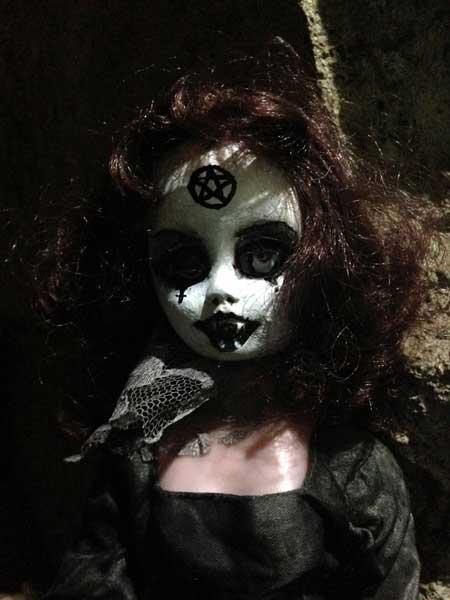Jezebeth-Demon-Doll-5