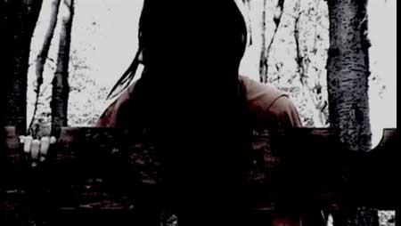 Sanguivorous-2011-Asian-horror-Kyuketsu-(5)