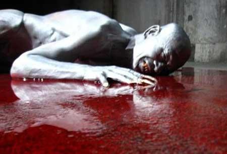 Sanguivorous-2011-Asian-horror-Kyuketsu-(7)