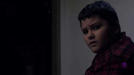 Something-Under-the-Christmas-Tree-short-film-Danny-Villanueva-Jr-(4)