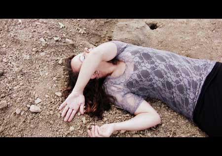 Witch-Graveyard-movie-Reuben-Rox-(6)