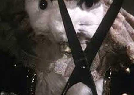 Alice-1988-movie-Jan-Svankmajer-Neco-z-Alenky-(7)