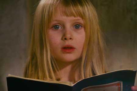 Alice-1988-movie-Jan-Svankmajer-Neco-z-Alenky-(8)