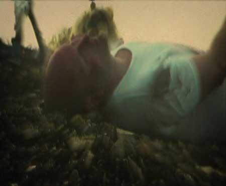 Debris-Documentar-2003-movie-Marian-Dora-(3)
