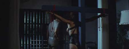 Female-Teacher-in-Rope-Hell-1981-movie-Shôgorô-Nishimura-(7)