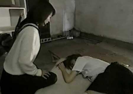 Kyoko-vs-Yuki-2000-movie-Daisuke-Yamanouchi-(9)