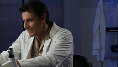 College-Coeds-vs-Zombie-Housewives-2015-movie-Dean-McKendrick-(3)