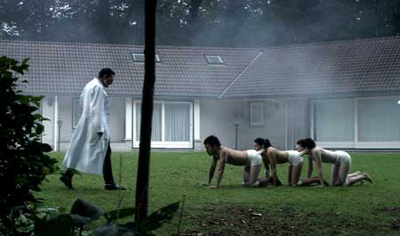 Human_Centipede_first-sequence-feed-her