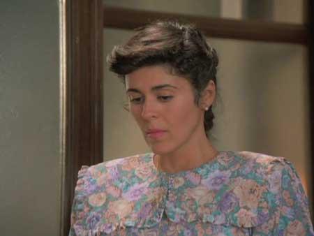 Vampires-Kiss-1988-movie-Nicolas-Cage-Jennifer-Beals-(2)