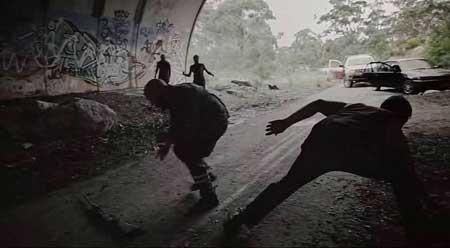 Wyrmwood-Road-of-the-Dead-2014-movie-Kiah-Roache-Turner-(3)