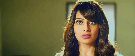 Alone-2015-movie-Bhushan-Patel-(9)