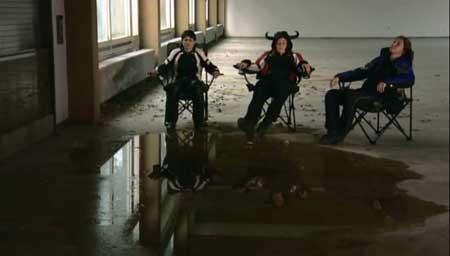 Angels-with-Dirty-Wings-2009-MOVIE-Engel-mit-schmutzigen-Flügeln-(2)