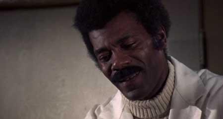 Blacula-1972-movie-William-Crain-(6)