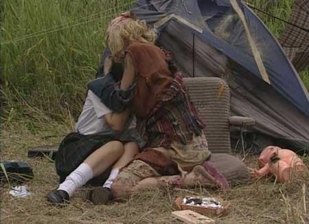 Girl-Hell-1999-movie-Daisuke-Yamanouchi-(3)