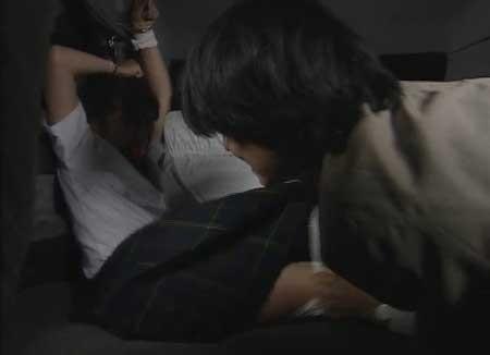 Girl-Hell-1999-movie-Daisuke-Yamanouchi-(5)