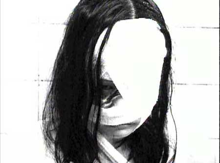 Girl-Hell-1999-movie-Daisuke-Yamanouchi-(7)