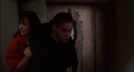 Once-Bitten-1985-movie-Howard-Storm-(1)