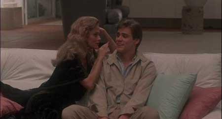 Once-Bitten-1985-movie-Howard-Storm-(8)