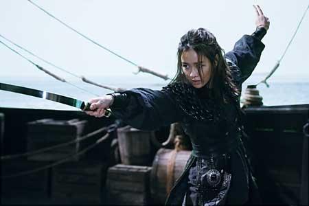 The-Pirates-2014-movie-Seok-hoon-Lee-(3)
