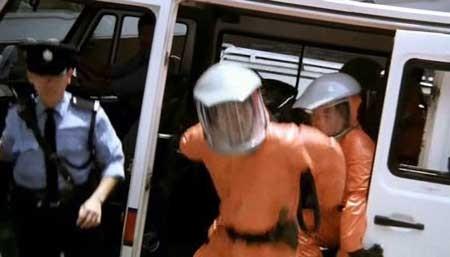 Ebola-Syndrome-1996-movie-Herman-Yau-(5)