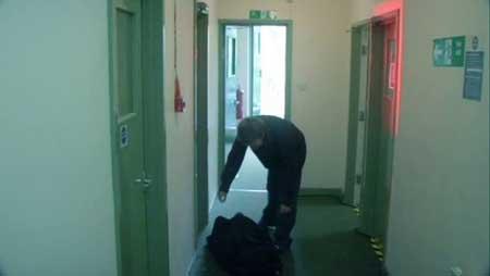 Footsteps-2006-movie-Gareth-Evans-(4)