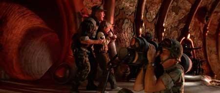 Invaders-from-Mars-1986-movie-Tobe-Hooper-(8)