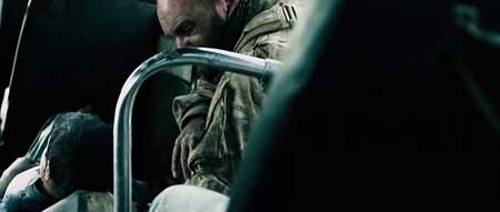 Monsters-Dark-Continent-2014-movie-Tom-Green-(8)