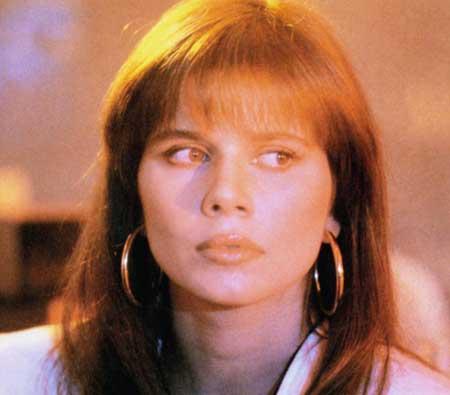 Eddie-and-the-Cruisers-II-Eddie-Lives-1989-movie-Michael-Pare-(7)