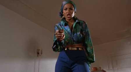 Foxy-Brown-1974-movie-Pam-Grier-(5)