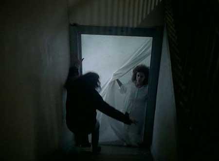 Witchery-1988-movie-Fabrizio-Laurenti-(4)