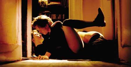 Habit-1997-movie-(2)