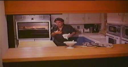 Microwave-Massacre-1983-Wayne-Berwick-(4)