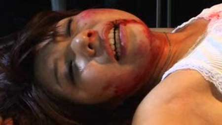 Sadi-Scream-Asian-Gore-Film-Eri-Sakuragi-(1)