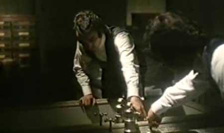 The-Strange-Case-of-Dr.-Jekyll-and-Miss-Osbourne-movie-Walerian-Borowczyk-(6)