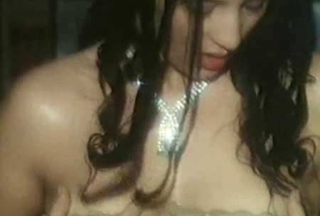 The-Strange-Case-of-Dr.-Jekyll-and-Miss-Osbourne-movie-Walerian-Borowczyk-(7)