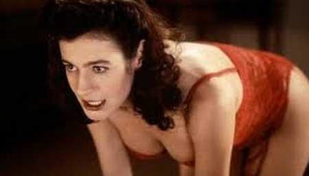 The-Strange-Case-of-Dr.-Jekyll-and-Miss-Osbourne-movie-Walerian-Borowczyk-(8)