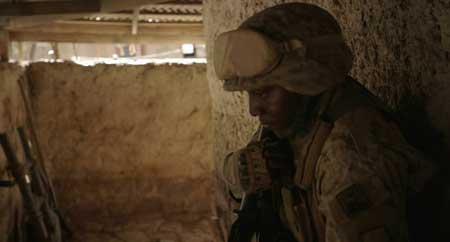 Alien-Outpost-2014-movie-Jabbar-Raisani-(7)