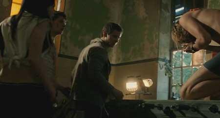 Back-mask-Exeter-The-Asylum-2015-Marcus-Nispel-(6)