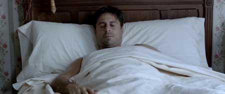 Shrews-Nest-2014-movie-Esteban-Roel-(2)