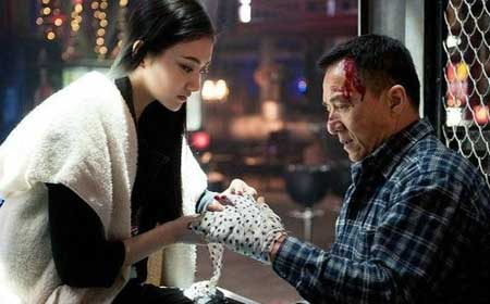 Police-Story-Lockdown-2013-movie--Jackie-Chan-(2)