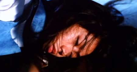 Horrible-High-Heels--1996-movie-Wai-On-Chan-Cheng-Chow-(6)