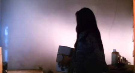 Horrible-High-Heels--1996-movie-Wai-On-Chan-Cheng-Chow-(8)