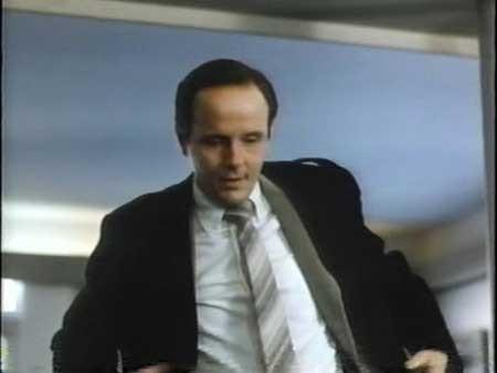 Blood-Link-1982-movie-Alberto-De-Martino-(7)