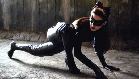 Sexy-Superhero_Anne-Hathaway-catwoman