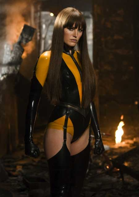 Sexy-Superhero_malin-akerman-watchmen-silk-spectre