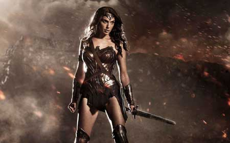 Sexy-Superhero_wonder-woman-in-batman-v-superman-dawn-of-justice